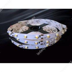 Led szalag beltéri meleg fehér 60 led/m, 3528 chip, fehér nyák